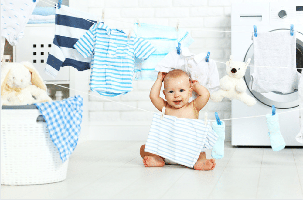 Easy laundry routine, baby with laundry, the best laundry routine