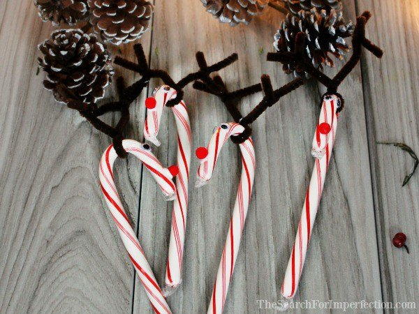 Easy candy cane reindeer