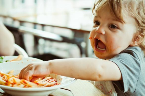 Family mealtime battles are not fun. Picky eaters can really drag down family time at the table. Here are some tips to get kids who are fussy eaters into healthy eating habits, trying new foods and enjoying their food, right from a young age. There are tips here from weaning babies, through to toddlers, young children and older children. Improve family mealtime behaviour and therefore family mealtimes with these easy to follow, easy to implement tips. #FussyEaters #PickyEaters #FamilyMealtimeBattles #FamilyMealtime