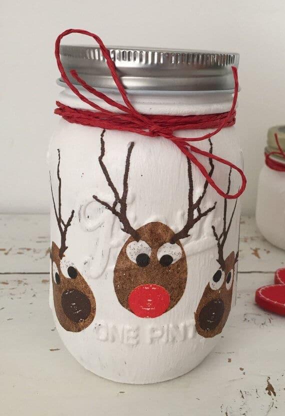 Decoupage mason jar Christmas decoration, #MasonJarDecor #MasonJar #MasonJarCrafts #ChristmasDecor #ChristmasDecorations #ChristmasDecorDIY #Christmas2018 #Christmas #Craft #Etsy #EtsyChristmas