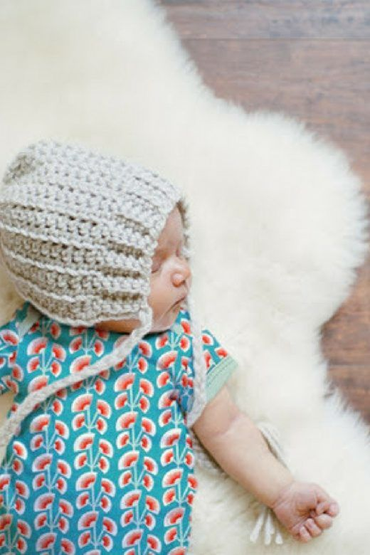 Simple onesie free baby pattern