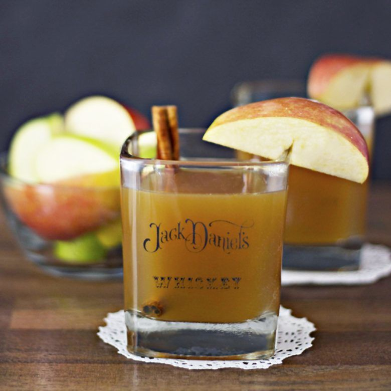 Apple-Cider-Bourbon-Whiskey-Cocktail-