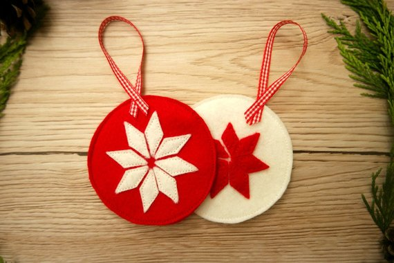 Scandinavian Christmas decorations for the tree