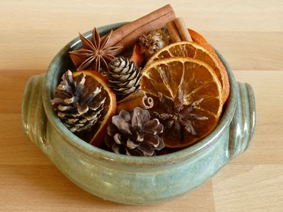How to make dried Christmas potpourri