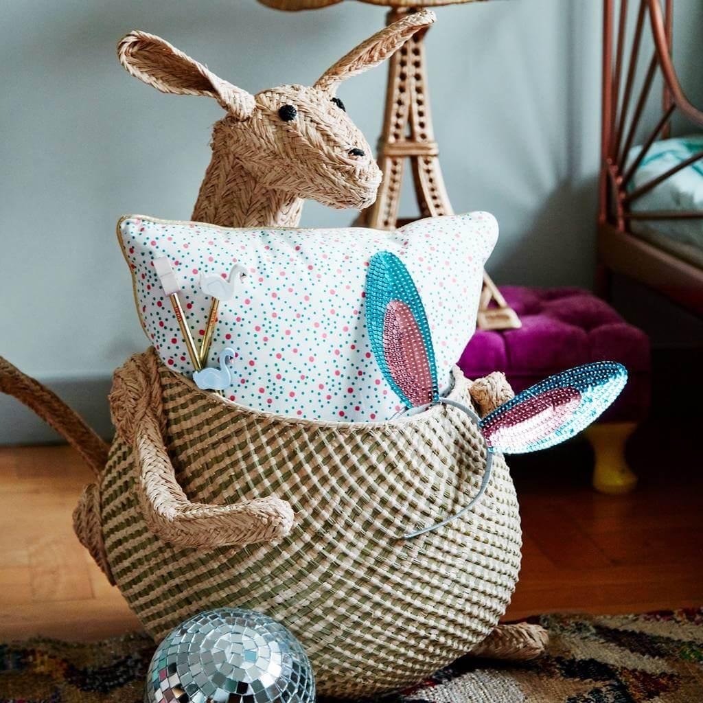 original_natural-raffia-animal-storage-basket-kangeroo