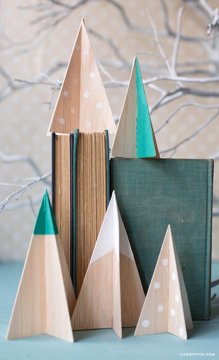 Balsa wood Christmas tree decorations tutorial, homemade Christmas decorations