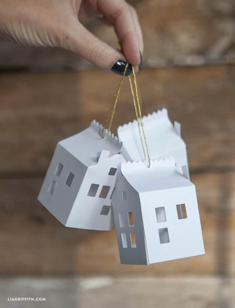 Homemade paper house Christmas ornament, homemade Christmas decorations