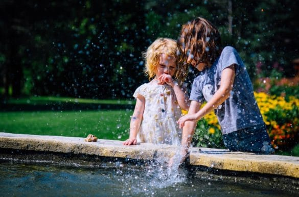 10 Ways to help kids avoid the summer brain drain, prevent summer learning loss with these simple tips, what is summer learning loss?