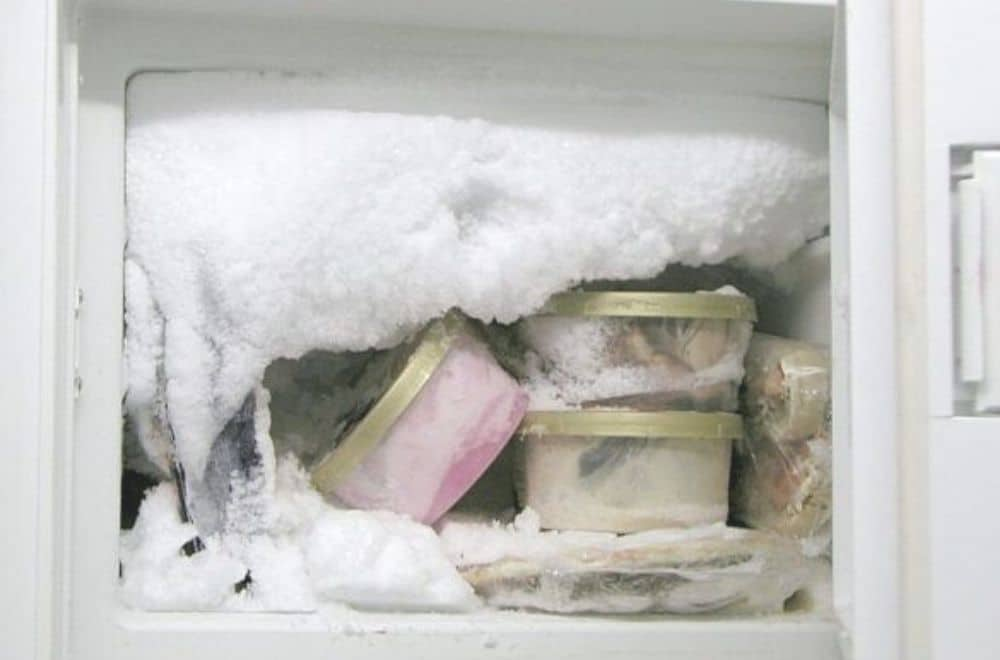 Why you should use salt to defrost freezer, Freezer that needs defrosting, How to defrost and clean the freezer - you really can save a heap of money if you annually defrost and clean the freezer
