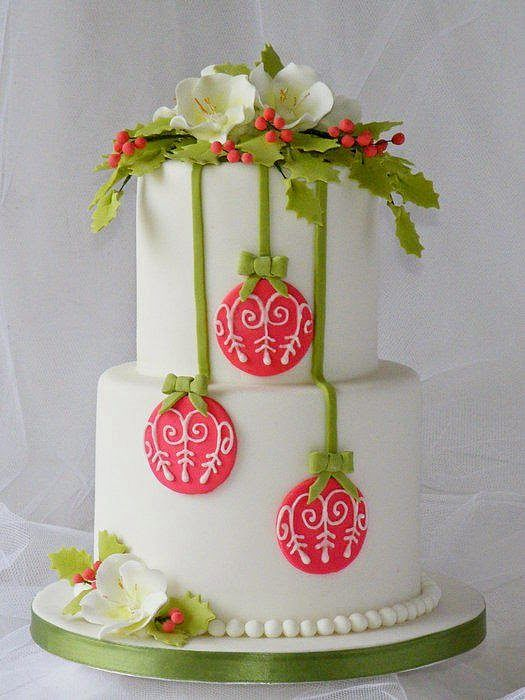 Images Of Christmas Cake Decorations : Christmas Cake Decorating - Mums Make Lists