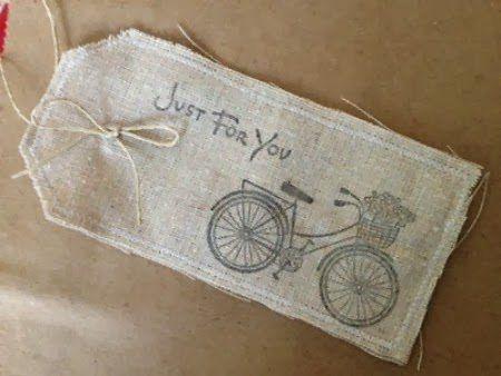 Christmas gift tags ... lovely Christmas gift tags you can make yourself