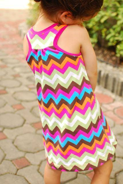 Free Girls Dress Pattern - simple to sew even if you are not great at crafts